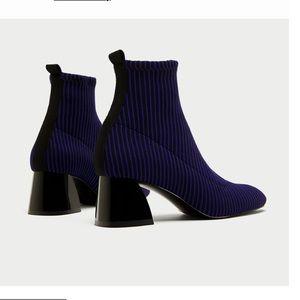 🌟💙👢Zara Sock-style boots 🌟